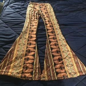 NEW Leggings with bell  bottoms